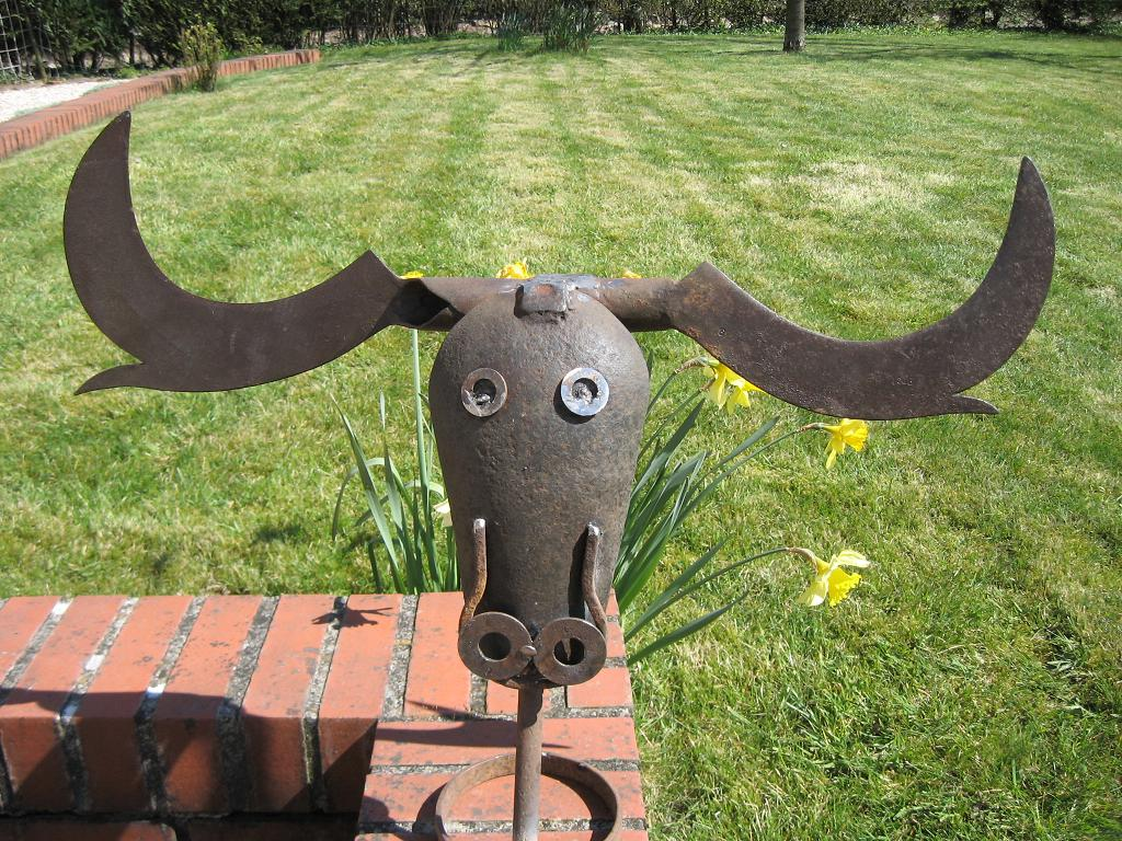 Nordis sculpteur art brut for Animaux de jardin decoration